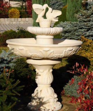 Fontanny - fontanna fiore z go+é¦ůbkami
